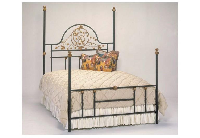 Oak Leaf Four Poster Bed