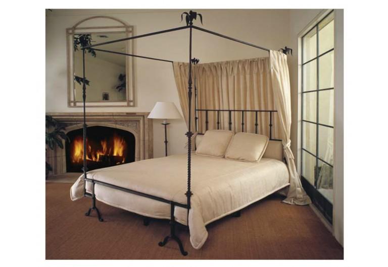 Italian Canopy Bed