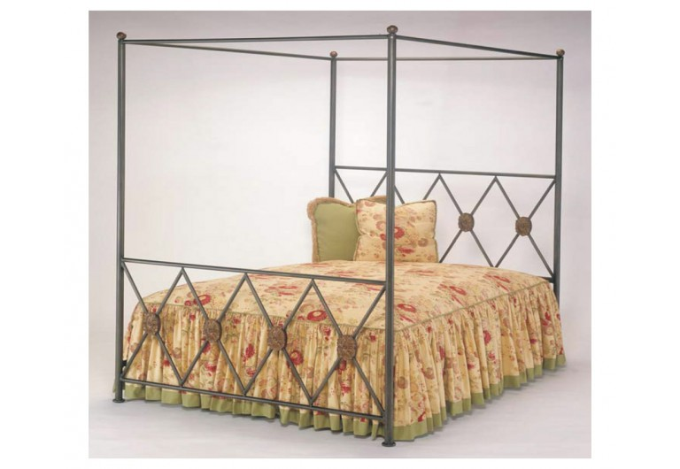 Medallion Canopy Bed
