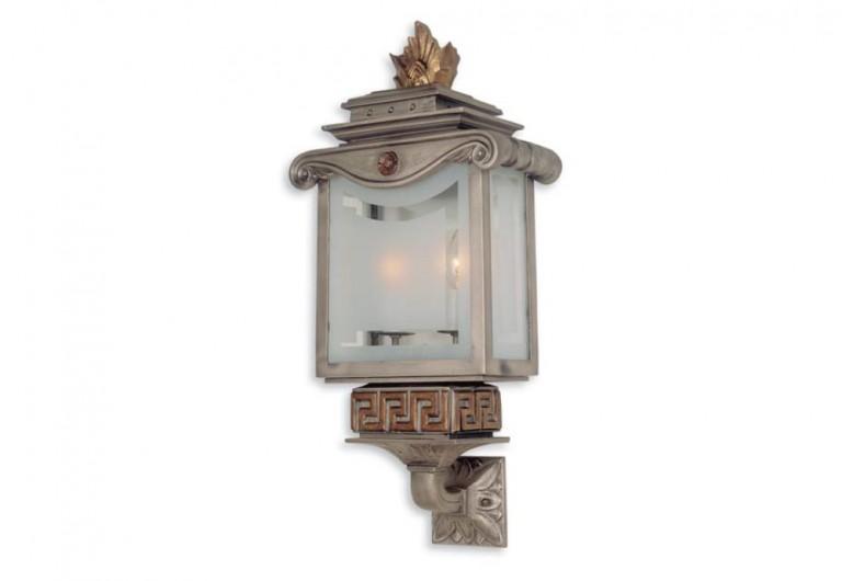 La Rêve Bracketed Exterior Wall Mounted Lantern