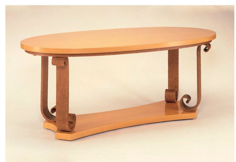 Emery Focal Table