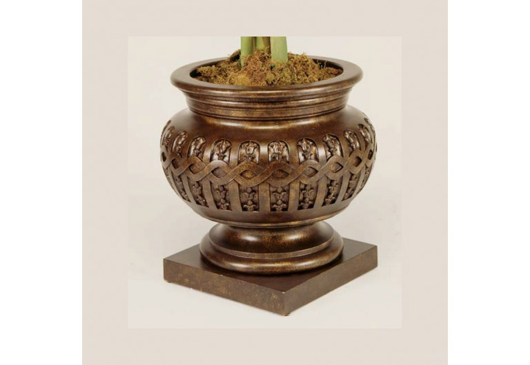 Stanislas Cast Planter