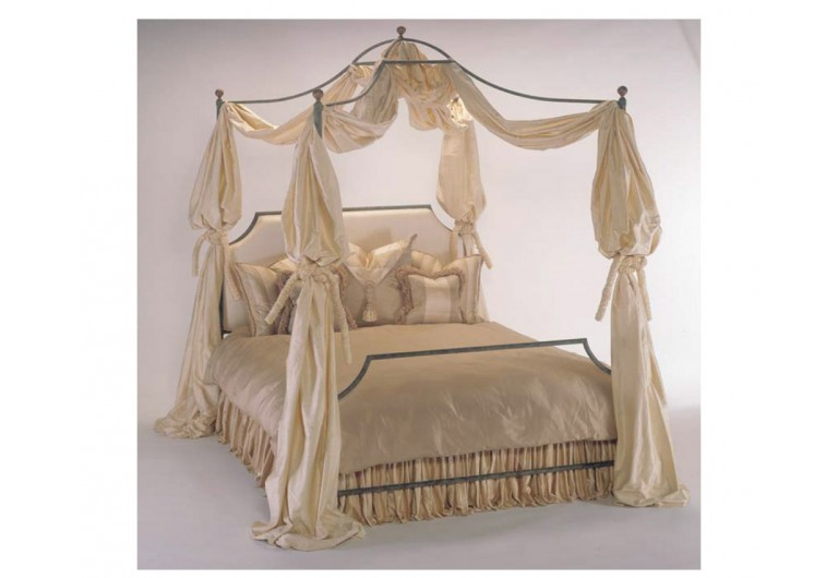 Aurora Canopy Bed