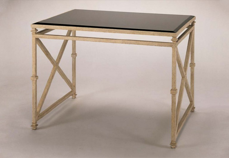 Lowry Desk