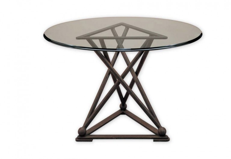 Tripod Round Dining Table