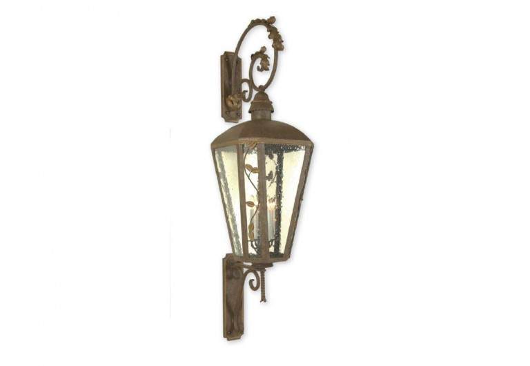 Paige's Wall Mounted Exterior Lantern With Bracket