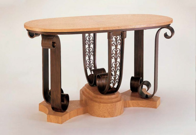 Duvallier Focal Table