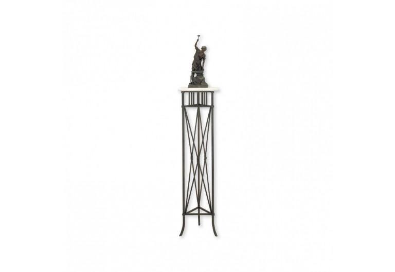 Melrose Pedestal